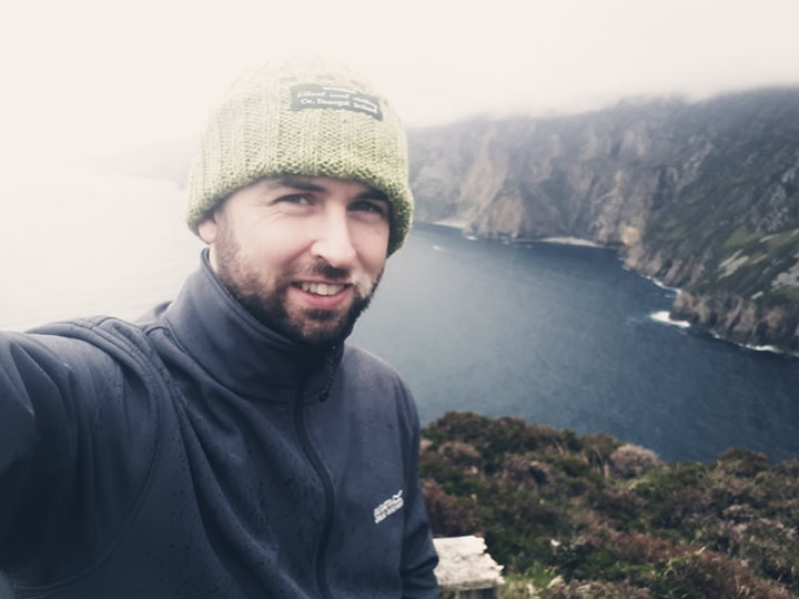 Henry Doohan, Donegal Tour Guide wearing Bogman Beanie